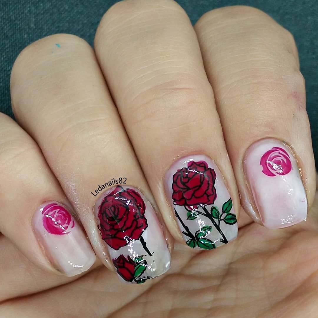 Small and Large Cool Pink and Red Flower Design Nail Art