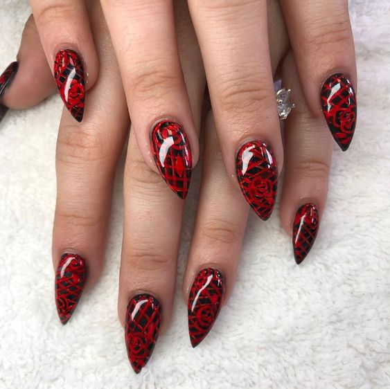 Red Patterned Design Amazing Black Stiletto Nails