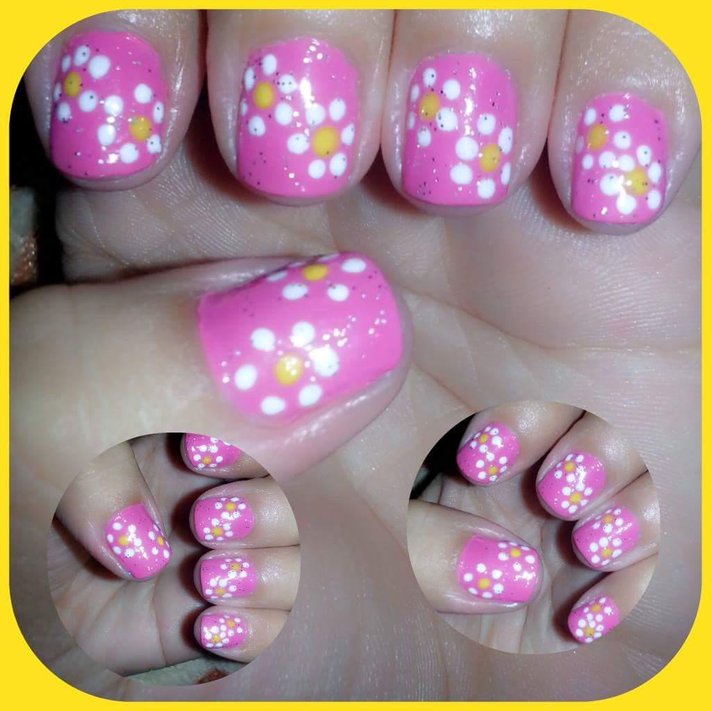 Join The Dots To Make A Flower Nail Art