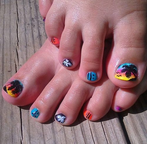 Amazing Palm Design Nail Art Design for Summers