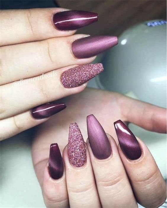 Adorable DIY Purple Shimmery Chrome Nails