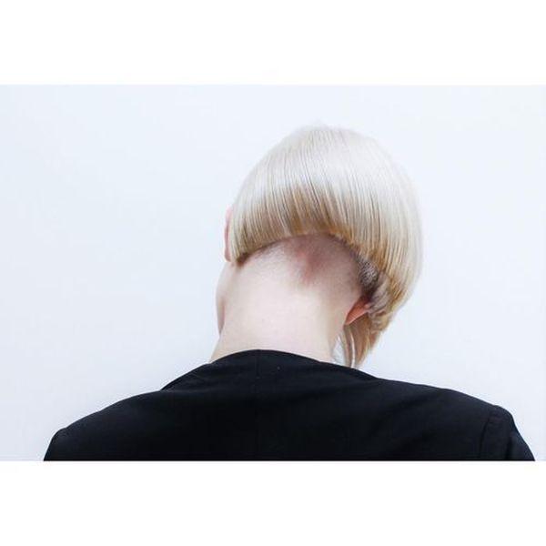 Feminine undercut styles with shaved nape 1