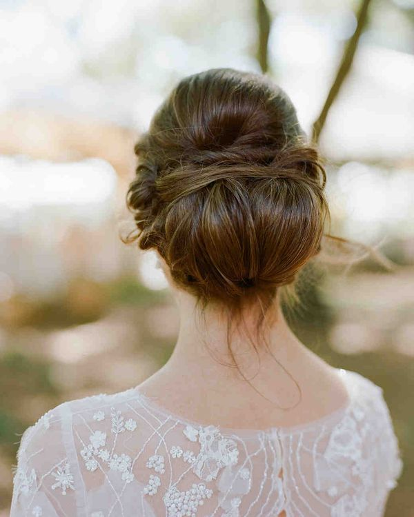 Popular Wedding Hairstyling Ideas For Long Hair 1