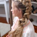 55+ Trendy Long Hairstyles for Women to Try